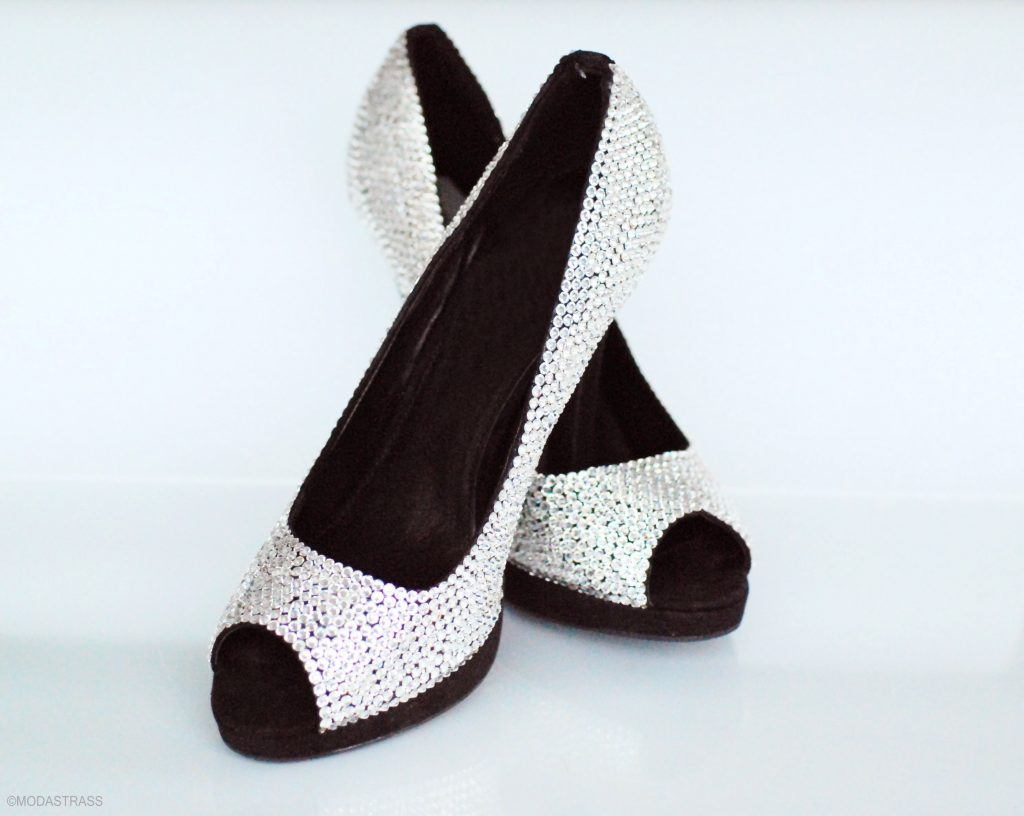 DIY_Crystal_Shoes_made_with_Swarovski_crystals