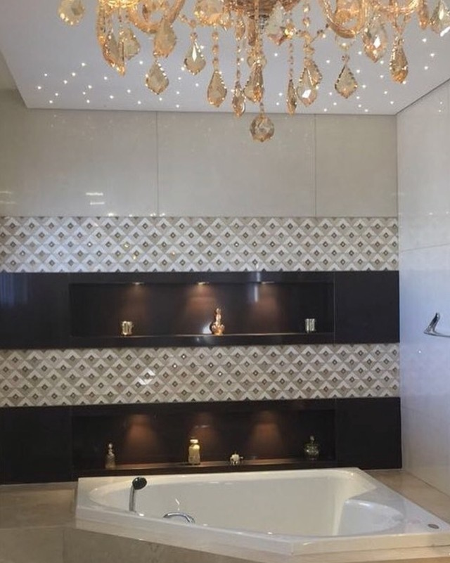 Swarovski Crystals Elevate Bathroom Decor_Tessela Design_1