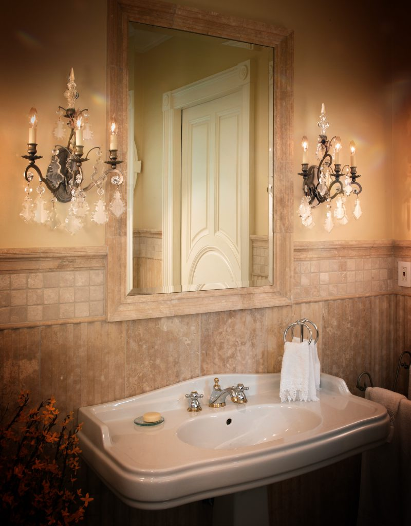 Modern Art of Crystal Chandeliers_Modstrass Blog_Bathroom1