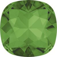 SWAROVSKI® 4470 Fern Green  Foiled