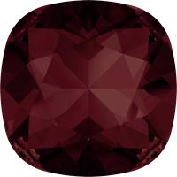 SWAROVSKI® 4470 Burgundy  Foiled
